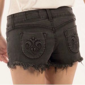 Siwy Size 28 black 98% cotton denim shorts